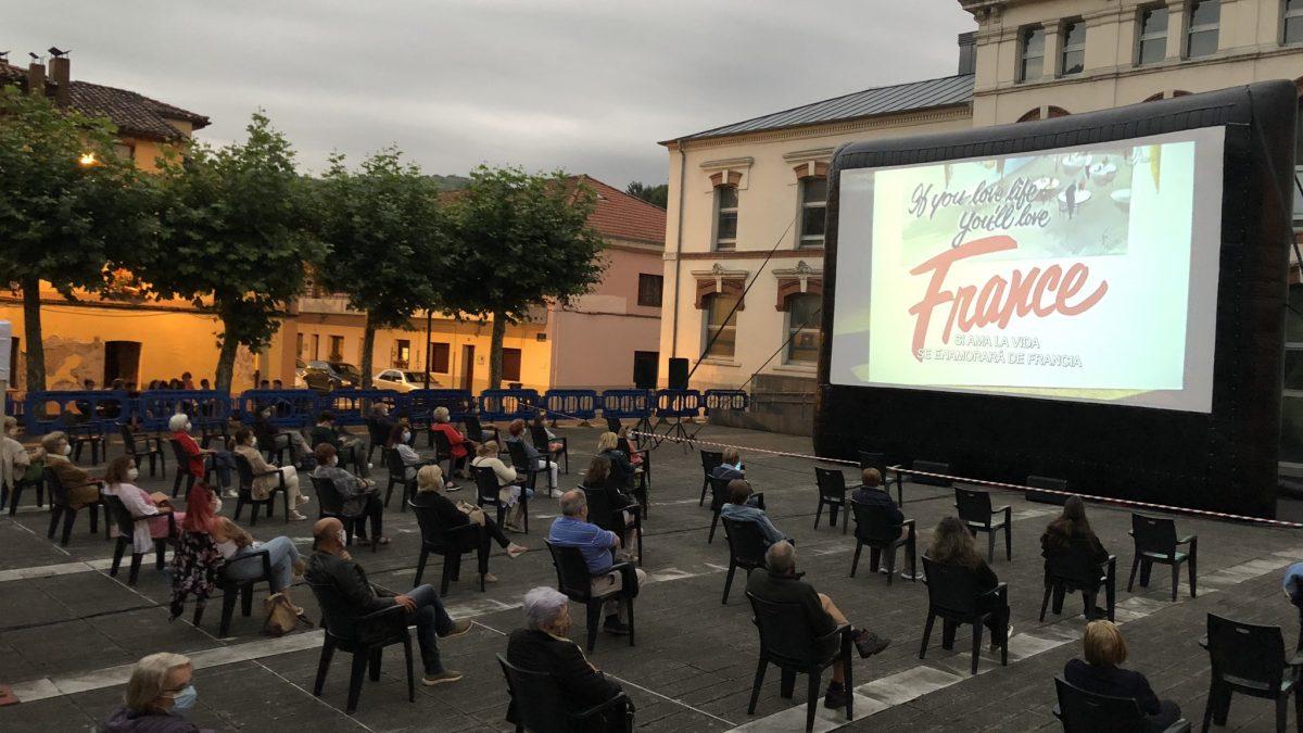 El cine de verano toma las plazas de Oviedo