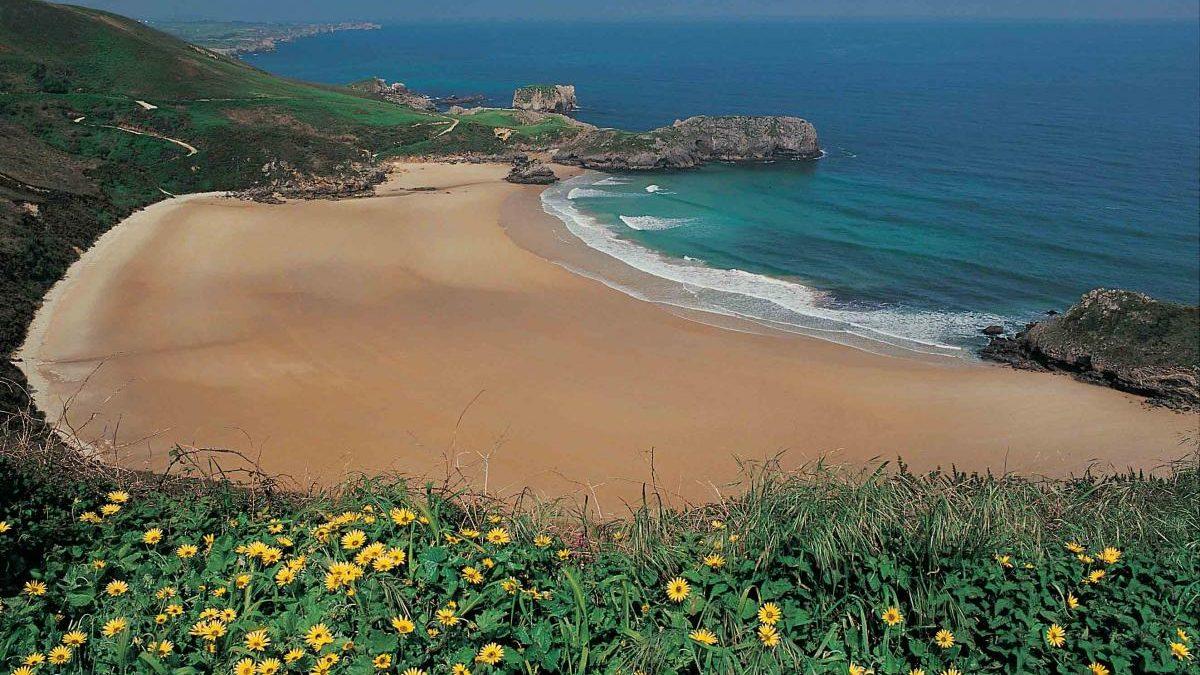 La playa de Torimbia, entre las mejores de España según 'Lonely Planet'