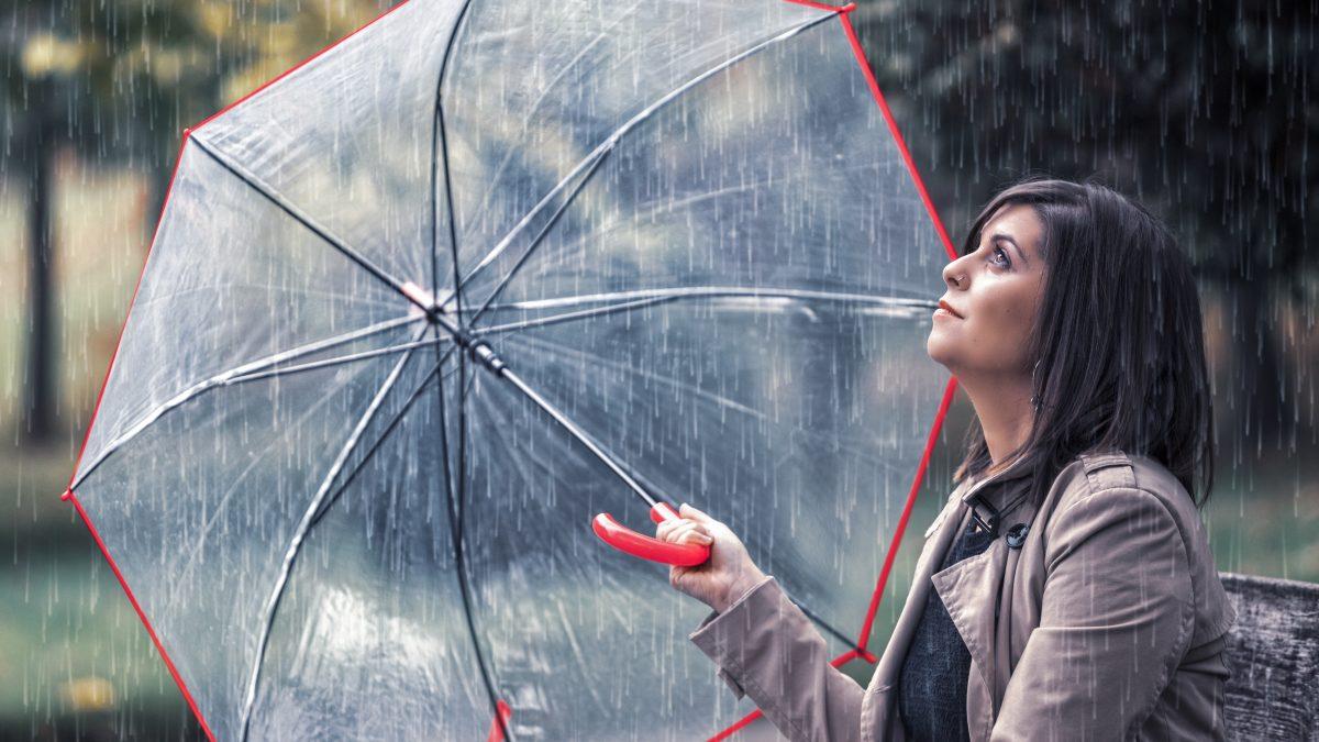 Silvia Quesada presenta en Tinéu el disco «Prefiero ver llover»
