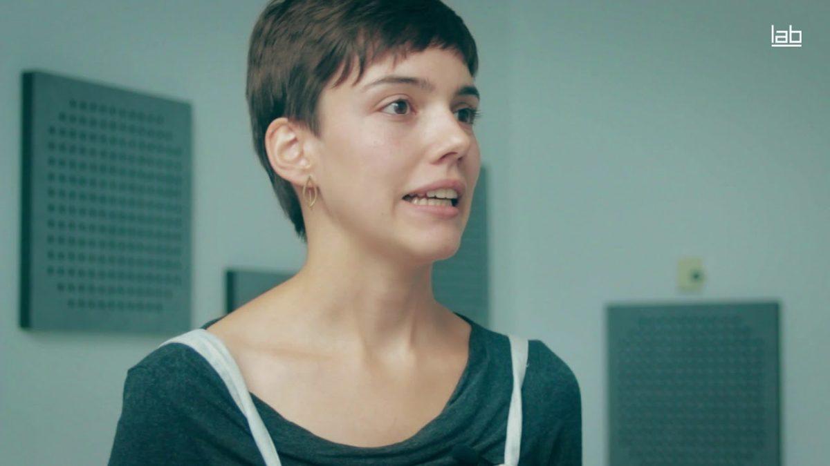 Elisa Cuesta expone su colección ganadora del Premio Asturias Joven 2019