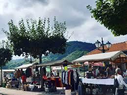 Mercado mensual El Tenderete ( Santolaya... - Protección Civil Cabranes |  Facebook